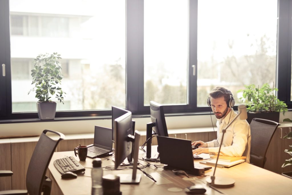call center benefits come from working employees